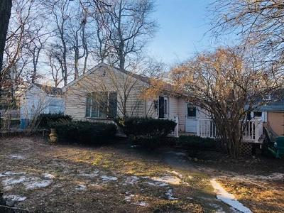 Plymouth MA Single Family Home New: $182,000