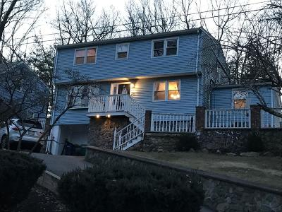 Billerica Single Family Home For Sale: 10 Glenwood Road