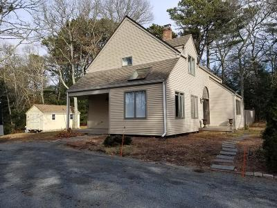 Barnstable Single Family Home For Sale: 460 Whistleberry Dr