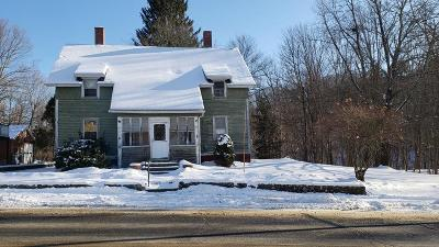 Hardwick Multi Family Home Under Agreement: 31 Main St