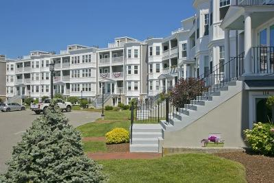 Hull Condo/Townhouse For Sale: 15 Park Ave - Bldg 2 #402