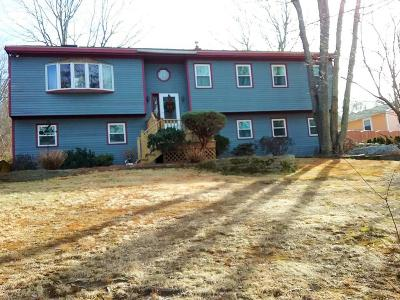 Fall River Single Family Home For Sale: 3673 North Main St