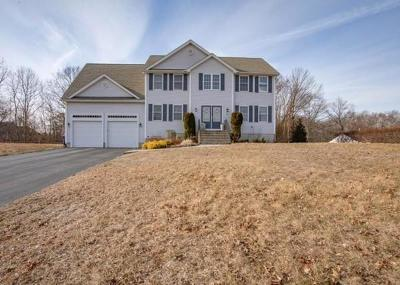 Seekonk Single Family Home For Sale: 19 Carter's Way