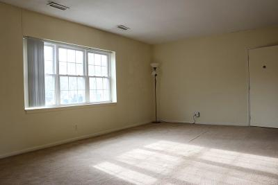 Rental For Rent: 145 Lake Shore Rd #4