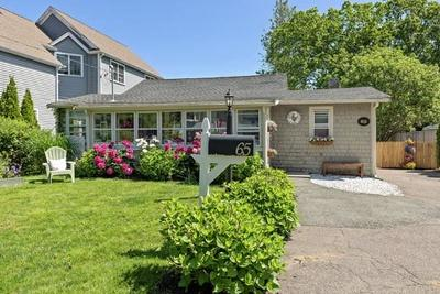 Hingham Single Family Home For Sale: 65 Wompatuck