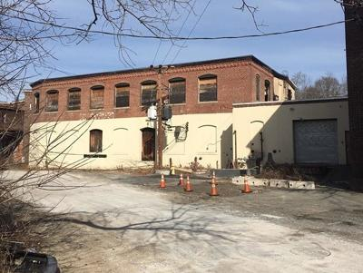 RI-Providence County Commercial For Auction: 20 Moshassuck Rd