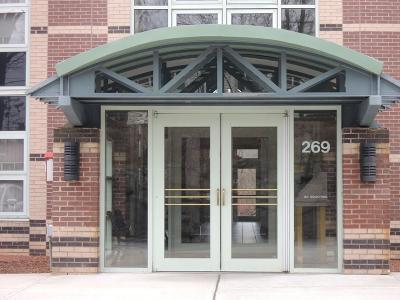 Woburn Condo/Townhouse For Sale: 269 Cambridge Rd. #705