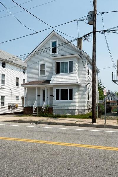 RI-Newport County Multi Family Home For Sale: 10 Main Road