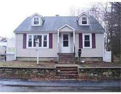 Abington Single Family Home Under Agreement: 10 Bank St