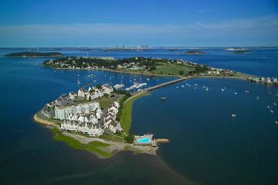 Hull Condo/Townhouse For Sale: 34 Marina Dr #34