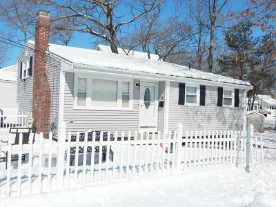 Brockton Single Family Home For Sale: 16 Falconer Ave
