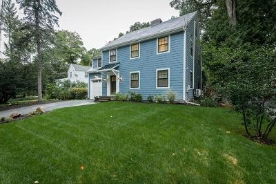 Newton Single Family Home For Sale: 216 Quinobequin Rd