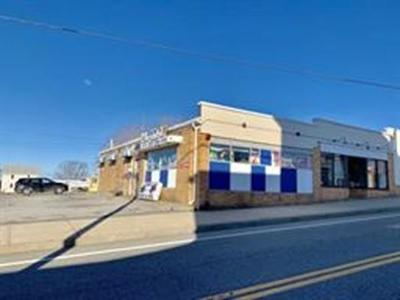 RI-Newport County Commercial For Sale: 43 Main Rd.