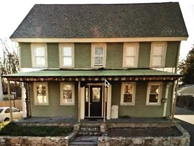 Framingham Multi Family Home Under Agreement: 19 Hamilton St