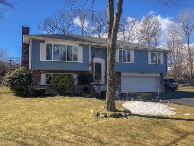 Weymouth Single Family Home For Sale: 16 Waterford Drive