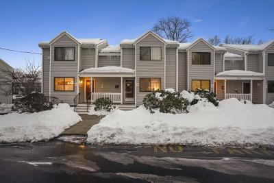 Cohasset, Weymouth, Braintree, Quincy, Milton, Holbrook, Randolph, Avon, Canton, Stoughton Condo/Townhouse For Sale: 1018 Pleasant #53