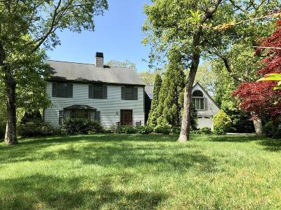 MA-Dukes County Single Family Home For Sale: 27 Bayes Hill Road