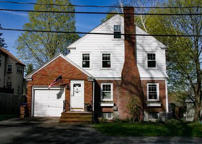 Milton Single Family Home For Sale: 165 Robbins St