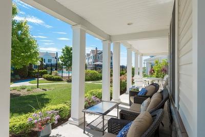 Hingham Single Family Home For Sale: 158 Stayner Drive #158