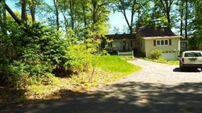 West Brookfield Single Family Home For Sale: 11 Hillside Drive