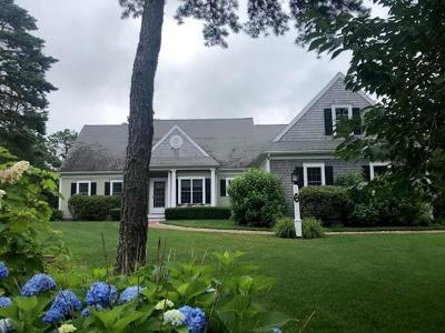 Wareham Single Family Home For Sale: 18 Pond Edge Trl