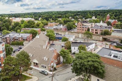 Winchester Condo/Townhouse For Sale: 23 Elmwood Avenue #E