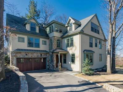 Newton Single Family Home For Sale: 14 Manet Circle