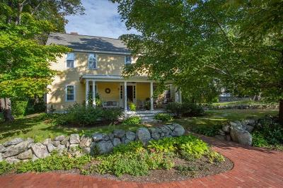 Bedford Single Family Home For Sale: 2 Myers Ln