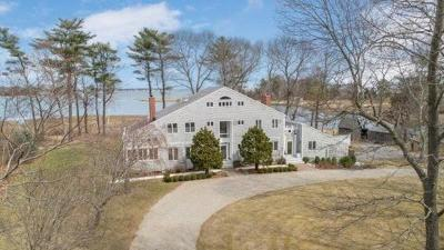 Duxbury Single Family Home For Sale: 90 Marshall St