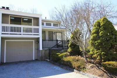 Grafton Condo/Townhouse Contingent: 54 Londonderry Rd #54