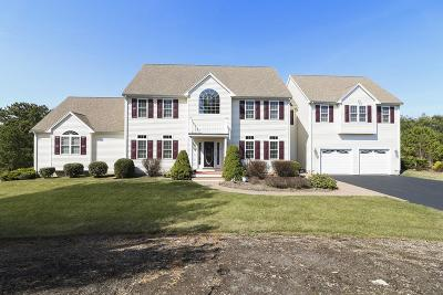 Plymouth Single Family Home For Sale: 19 Dundee Way