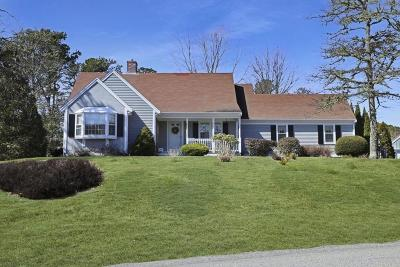 Harwich Single Family Home For Sale: 13 Pleasant Bay Ct