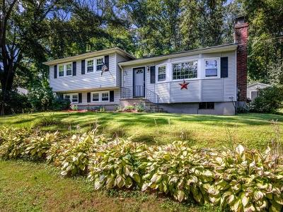 Southborough Single Family Home For Sale: 3 Lover's