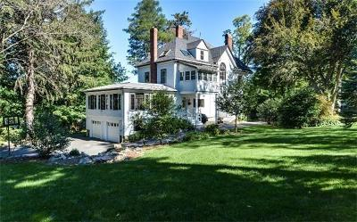 Wellesley Single Family Home For Sale: 7 Longfellow Rd