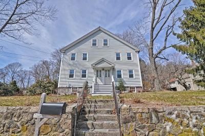 Holliston Single Family Home For Sale: 671 Washington Street