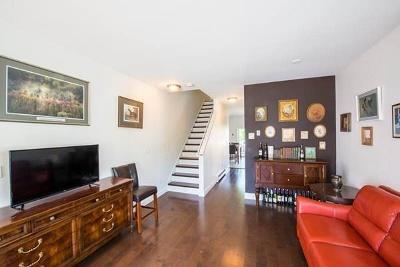 Everett Condo/Townhouse For Sale: 84 Kinsman Street #84