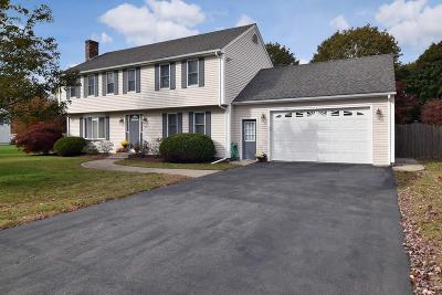 Seekonk Single Family Home For Sale: 53 Colleen Dr