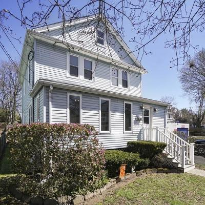 Quincy Single Family Home For Sale: 15 Burns Ave