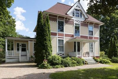 Foxboro Single Family Home For Sale: 9 Maple Place