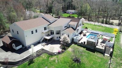 Pembroke Single Family Home For Sale: 153 Dwelley St