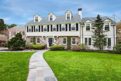 Wellesley Single Family Home For Sale: 15 Woodcliff Rd