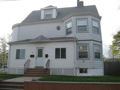 Medford Single Family Home For Sale: 40 Bradbury Ave