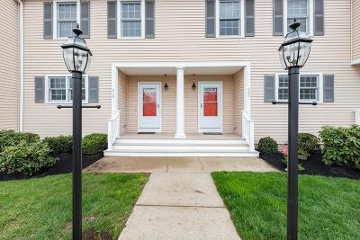 Abington Condo/Townhouse For Sale: 820 Thayer St #820