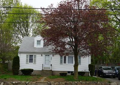 Braintree Single Family Home For Sale: 382 Union St