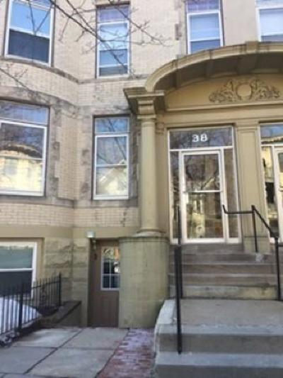 Brookline Condo/Townhouse For Sale: 34 Winchester St #6