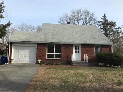 Taunton Single Family Home For Sale: 1100 Middleboro Ave