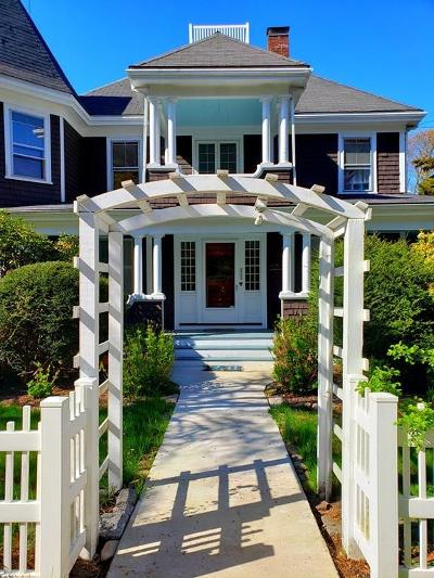 Bourne Single Family Home For Sale: 40 Red Brook Harbor Rd