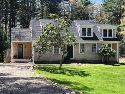 Falmouth Single Family Home For Sale: 37 Overy Dr