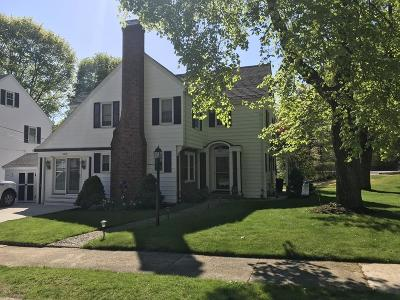 Stoneham Single Family Home For Sale: 1 Philips Road