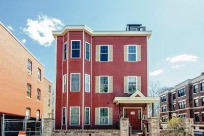 Boston MA Condo/Townhouse Price Changed: $236,000